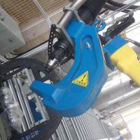 自冲铆接机_埃瑞特SPR自冲铆接机助力汽车轻量化制造