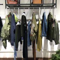 韩国潮牌女装折扣外贸服装广东尾货批发市场长期供应 2019新款外套