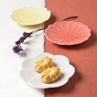 日本进口创意花型陶瓷碟子 糖果色点心碟蛋糕碟