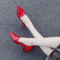 一件代发2018春季浅口中跟单鞋女漆皮红色小皮鞋黑色高跟鞋粗跟尖