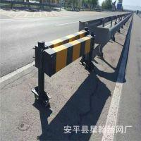 厂家直销高速公路活动围栏 箱式折叠活动护栏 推拉轮式隔离带护栏