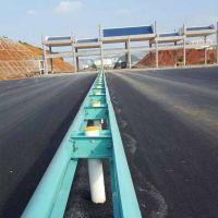 厂家直销镀锌护栏板低价,W波形板含施工一米多少钱