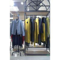 Five Plus品牌女装批发代理 品牌女装折扣店加盟哪个牌子好尾货深蓝色半身裙