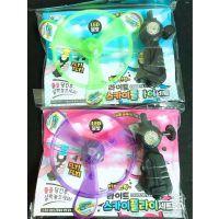 韩版儿童玩具带灯竹蜻蜓闪光飞碟幼儿发光手动飞天小玩意夜市地摊