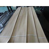 厂家直供白橡直纹贴密度板木饰面板 室内家具装饰木质贴