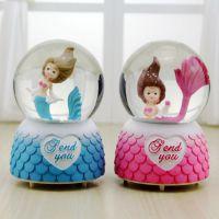厂家直销新奇特可爱美人鱼音乐水晶球卡通动漫人物桌面摆放饰品