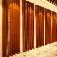 江西旧街道墙体改造装饰铝制木纹窗花-棕色铝艺花格