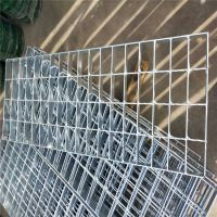 防滑踏步板 污水处理厂用盖板 钢格板厂