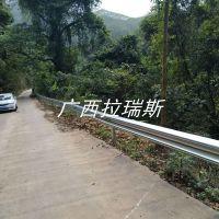 云南防撞波形护栏厂家生产高速护栏 防撞护栏