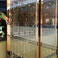 定制 现代简约玫瑰金不锈钢屏风客厅玄关镂空隔断装饰黑色金属屏风