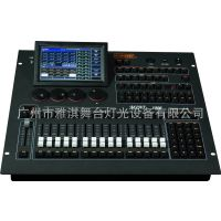 yakay/雅淇灯光Mini1000灯光控制台 接受标准MIDI设备控制,允许以主-从方式实现多个控