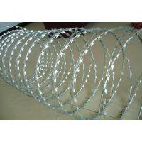 西安镀锌刀片刺绳大量现货 监狱防护网 小区围墙刀片护栏网