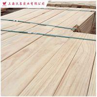 厂家直销 辐射松无节材 建筑实木 木板材 烘干家具板材