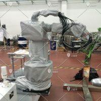 打磨机器人需要使用什么功能的防护服