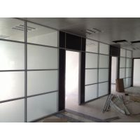 东莞办公室玻璃隔墙专业厂家