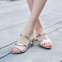 38女凉鞋夏季新款粗跟露趾鱼嘴凉鞋百搭中跟一字拖两穿女鞋子潮88