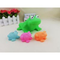 义乌泓智搪胶子母青蛙玩具套装 戏水洗澡戏水沐浴动物