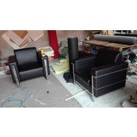 北京上门维修家具,集团单位皮质办公沙发换皮翻新,电脑桌椅维修翻新厂家