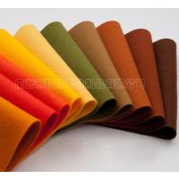 彩色毛毡无纺布、质地细腻颜色齐全,环保不掉色,不掉毛,表面平整均匀,可水洗。