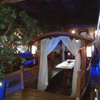 桂满陇中式木船餐饮装饰船水上吃饭的船