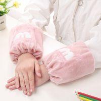 新款韩版防污儿童秋冬袖套卡通绒布短款宝宝套袖学生地摊护袖批发