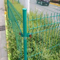 简易防护网价格 光伏电缆护栏 便宜的浸塑网墙