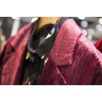 冉冉姿嘉加大品牌折扣女装折扣女装 浙江杭州服装尾货批发市场地址红色外套