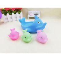 义乌泓智搪胶小海豚母子 戏水洗澡戏水沐浴动物