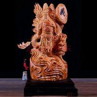 崖柏根雕摆件御龙关公木雕工艺品