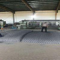 新疆乌鲁木齐石笼网厂家现货2*1*0.5 新疆石笼网报价 新疆石笼网图片