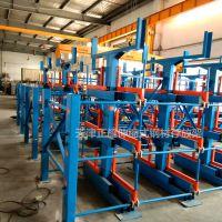 山东移动式悬臂货架优点 伸缩式管材货架价格 天车吊钢材操作