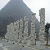寺庙仿古石龙柱价格 石雕龙柱厂家 青石龙柱