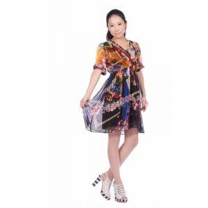 品牌女装尾货 依玫服饰新到大量真丝连衣裙 款式新颖 质量有保证