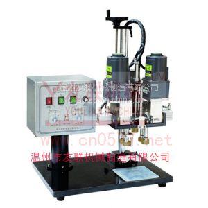供应YL-P型喷头旋盖机,产品简介:用于各种日化、医药、化工行业的喷头、、喷雾泵、等瓶盖的锁盖机器