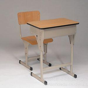 供应花都办公家具出售定做校用课桌椅,公寓床,双层床。