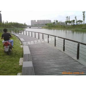 供应上海防腐景观、木扶手、铁艺栏杆