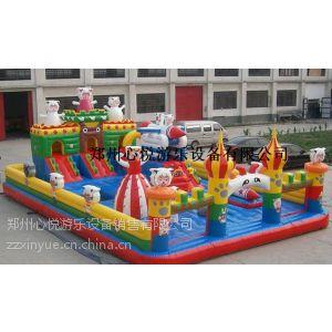 供应儿童充气跳跳床厂家专业定做各种规格大型充气城堡价格