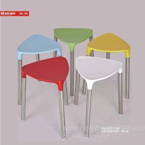 供应深圳厂家直销优质椅子 三角形休闲椅 迷你椅 宜家居家椅 可订制