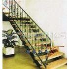 供应实木楼梯立柱,扶手,成品楼梯制作。