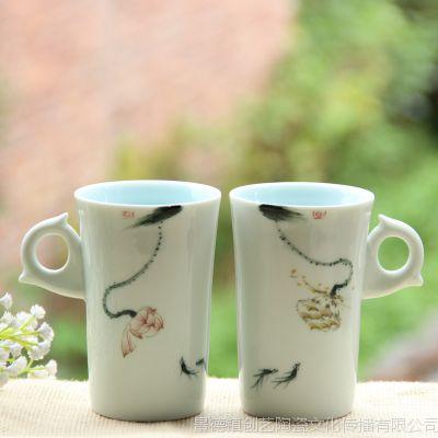 个性创意手绘荷趣小鱼诗意情侣对杯景德镇陶瓷水杯马克杯批发定制图片