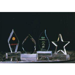 供应深圳宝安有机玻璃多形奖牌制作