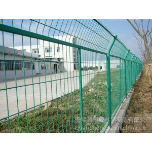 供应钢板网护栏|防护网|钢格板|冠成钢板网厂家