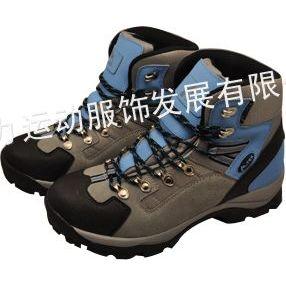 供应2012真皮登山鞋 防水防滑耐磨户外运动