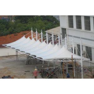 供应苏州蓝天膜工程 广场膜建筑膜设计PTFE膜车棚 遮阳车棚安装