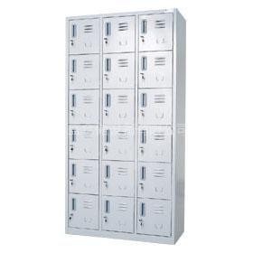深圳百盛松岗生产厂家供应18门储物柜