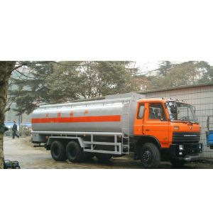 东风平头1141G7DJ2加油车(153)