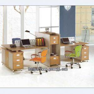 供应广州家具厂定做时尚办公桌 职员办公桌 办公电脑台