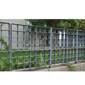 供应镀锌钢格栅围栏护栏网