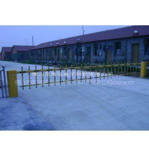 供应单层栏栅自动道闸、电子栏杆挡车器价格、停车库出入双杆拦车道匝