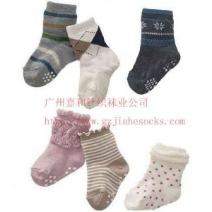 供应供应提花时尚外单儿童袜